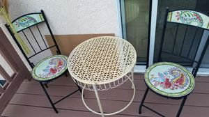 1975, small patio set for Sale in Lake Forest, CA