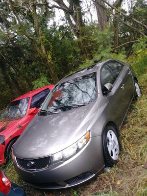 2008 kia forte. No title. Engine bend valve, transmission perfect, bodie perfect, interior perfect. for Sale in Sebring, FL