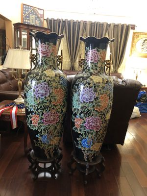 China Vintage Antique Vase for Sale in San Diego, CA