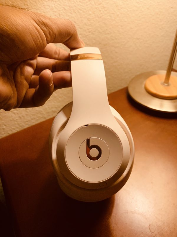 Brand new beats studio 3 wireless for sale