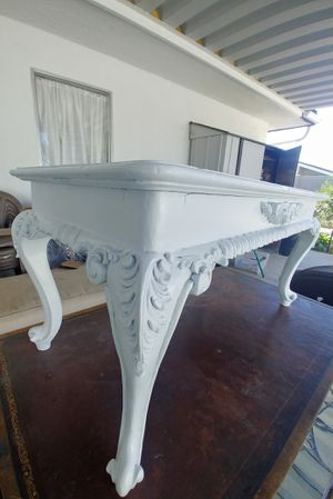 Beautiful antique little table. Made of soild wood. Will add touch of elegance to your home.. for Sale in Riverside, CA