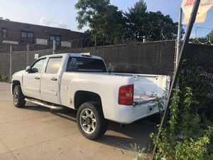 09 Chevy pickup. 4 wheel drive with plow. for Sale in The Bronx, NY