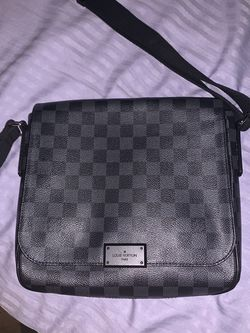 Louis Vuitton Messenger Bag 100% AUTHENTIC for Sale in Owings Mills,  MD