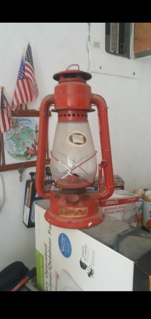 Red Vintage Dietz Lantern for Sale in Dania Beach, FL