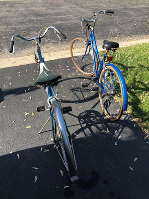 His and Hers 1970's Schwinn bikes for Sale in Chicago, IL