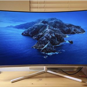 Samsung 32 Inch Curved Monitor 4K for Sale in San Jose, CA
