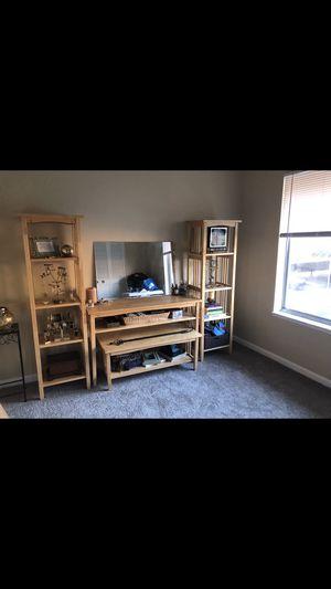 Desk and shelves for Sale in Roscommon, MI