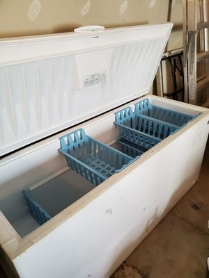 GE 24.9 Cu. Ft. MANUAL DEFROST CHEST FREEZER for Sale in Dowagiac, MI