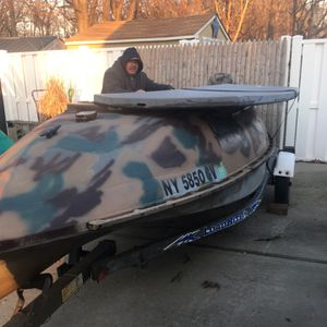 2004 14 Ft Duck Boat And Motor for Sale in Centereach, NY