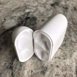 Apple AirPods Charging Case - Make Offer!!! for Sale in Paradise Valley, AZ