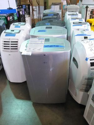 LG 14000 BTU Portable Air Conditioner with remote for Sale in Phoenix, AZ