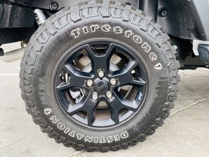 Used tires only 255/75/17 MT for Sale in Anaheim, CA
