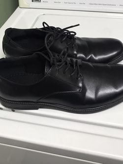Dress Men's Shoes for Sale in Tulare,  CA