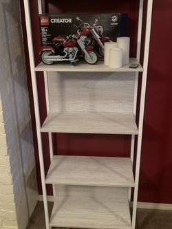 Bookshelf for Sale in Tukwila,  WA