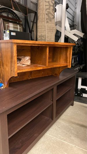 Shelf for Sale in Columbus, OH