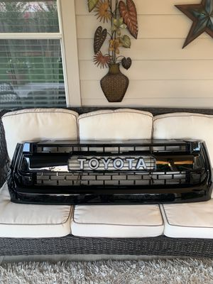New tundra TRD pro grill fits 2014 - 2020 for Sale in Houston, TX