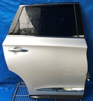 2013 INFINITI JX35 REAR RIGHT PASSENGER SIDE DOOR SILVER for Sale in Fort Lauderdale, FL