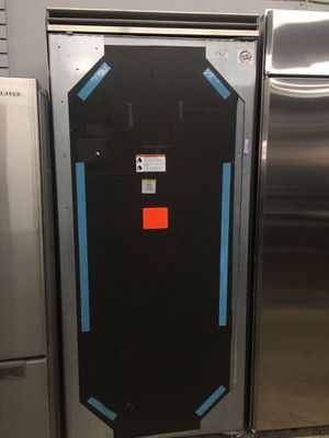 "Viking panel ready 36"" wide upright refrigerator for Sale in Riverside, CA"