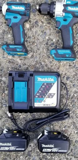 Mikita XDT16 18v Brushless Impact Driver And XPH14 18v Brushless Hammer Drill With Two 5ah Batteries And Rapid Charger for Sale in Seattle,  WA