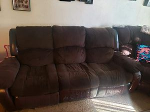 Free Sectional couches for Sale in Harbor City, CA