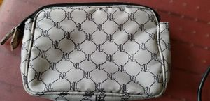 Clutch/Wristlet - Ralph Lauren: Cream w/ Black Log for Sale in Philadelphia, PA