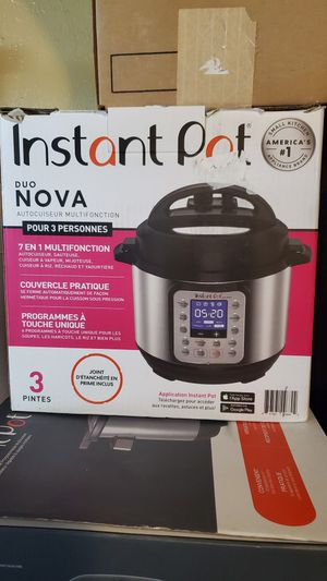 Instant Pot 3 Quart Size for Sale in Fontana, CA