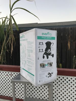 Evenflo Pivot Xpand Modular Stroller for Sale in Huntington Park, CA