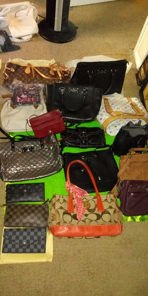 Kate Spade, Couch, forever 21, guess,... for Sale in Tustin, CA