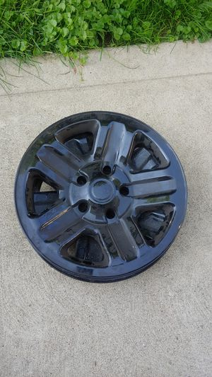 """16"""" plastic rim covers for Sale in Hazelwood, PA"""