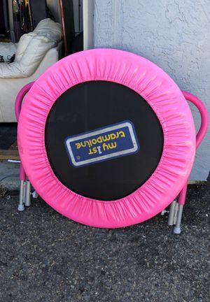 Little kid trampoline for Sale in Richmond, CA