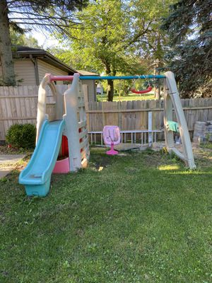 Free for Sale in Waukegan, IL