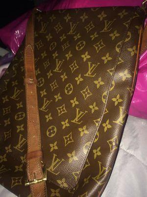 Louis Vuitton Bag for Sale in Twentynine Palms, CA