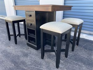 Counter height dining table with chairs and Wine rack for Sale in Houston, TX