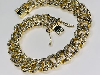 22k Stainless Steel Miami Cuban Bracelet Brand New Never Worn for Sale in Las Vegas,  NV