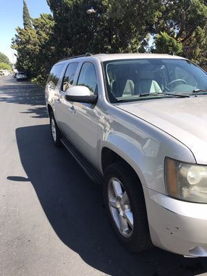 2007 Chevy suburban for Sale in Tustin, CA