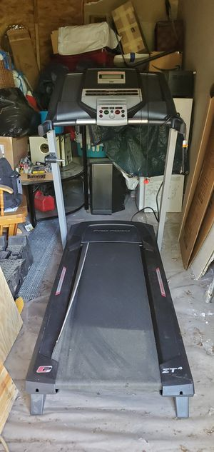 Proform ZT4 Treadmill for Sale in Angier, NC