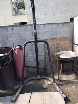 Punching bag with stand for Sale in Compton, CA