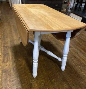 Kitchen table for Sale in Modesto, CA