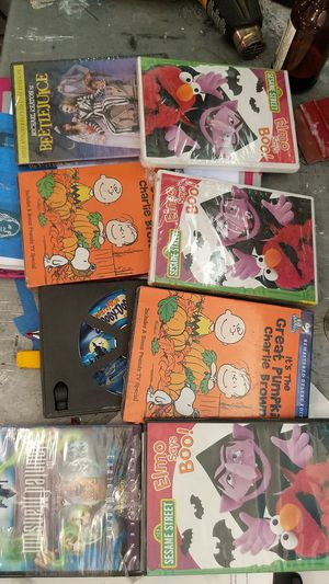 Halloween movies for young children for Sale in Moreno Valley, CA