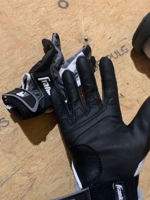 Baseball gloves for Sale in Spring Hill, TN