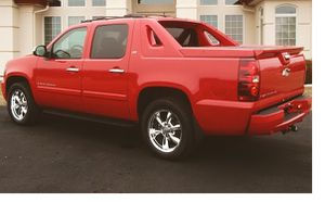 Runs_Great 2008 Chevrolet Avalanche FWDWheels for Sale in Southern View, IL