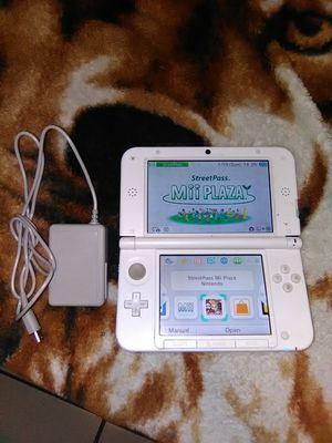 Nintendo DS 3d xl for Sale in Stockton, CA