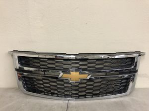 2015 2016 2017 Chevy Tahoe Suburban Grille Grille OEM for Sale in Beverly Hills, CA