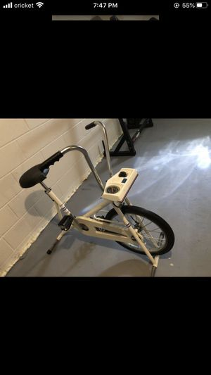 Old school Workout bike for Sale in Akron, OH
