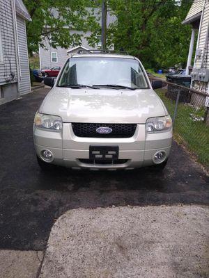 Ford Escape 2005 for Sale in Springfield, MA