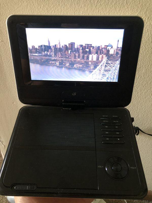 "GPX 9"" Portable DVD Player"