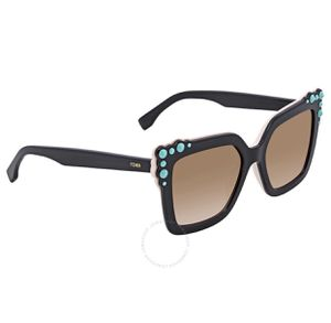 Fendi sunglasses original for Sale in Bellevue, WA