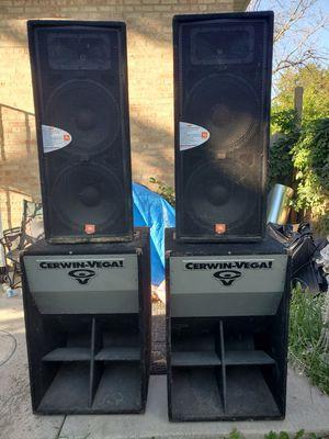Cerwin vega juniors and jbl jrx 100 for Sale in Chicago, IL