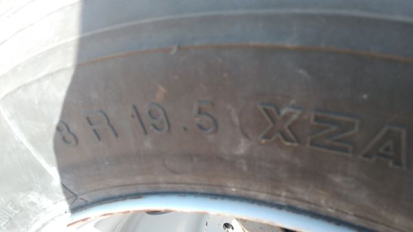 10 lug motorhome wheel and tire