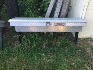 Delta champion low profile tool box for truck for Sale in Riverdale, IA